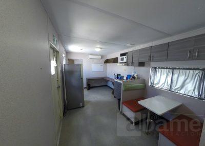 Abame - Tráiler 10'x48' interior